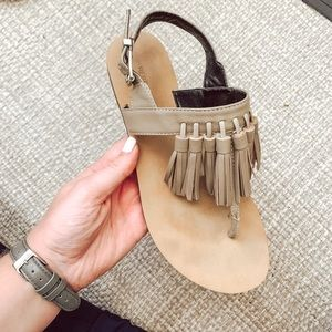 Rebecca Minkoff Erin Tassel Sandal in Sand Size 6